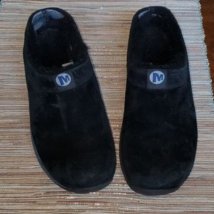 Women's Merrell Black Suede Plush Lined Clogs